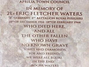 stèle commémorative Waters